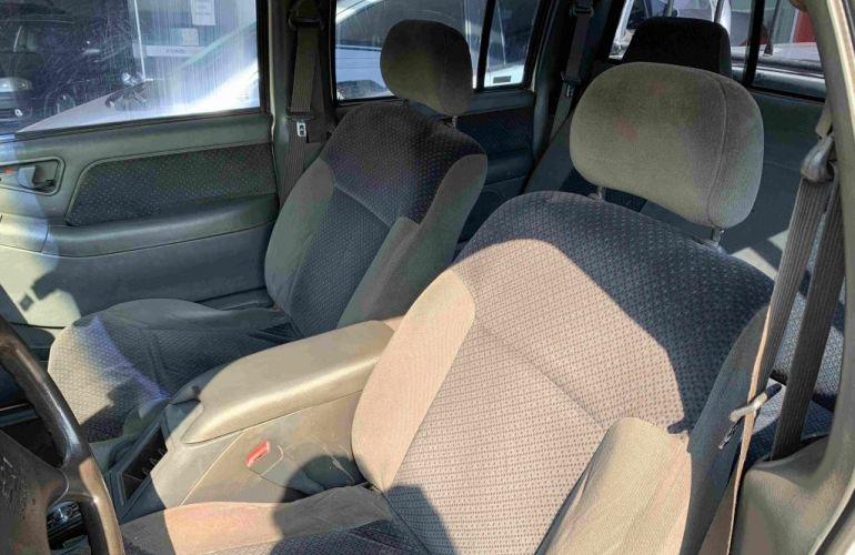 Chevrolet S10 DLX 4X2 2.8 Turbo (Cab Dupla) - Foto #7