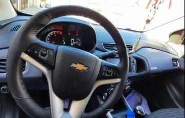 Chevrolet Onix 1.4 Activ SPE/4 - Foto #5