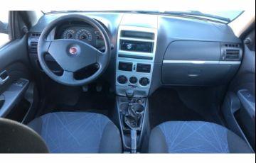 Renault Logan Authentique 1.0 16V (flex) - Foto #7
