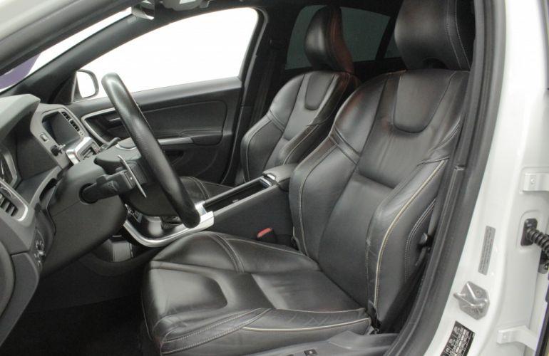 Volvo S60 2.0 T6 R-Design - Foto #7