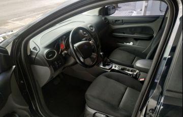 Ford Focus Sedan 2.0 16V (Aut) - Foto #5
