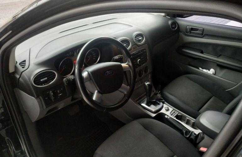 Ford Focus Sedan 2.0 16V (Aut) - Foto #6