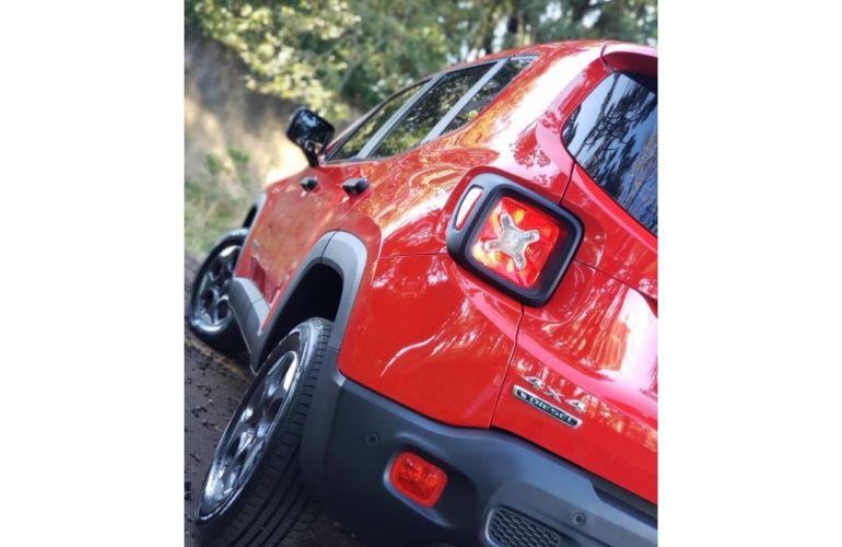 Jeep Renegade 1.8 Sport (Aut) - Foto #3