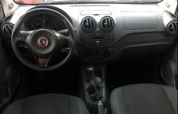 Fiat Palio Essence 1.6 16V (Flex) - Foto #6