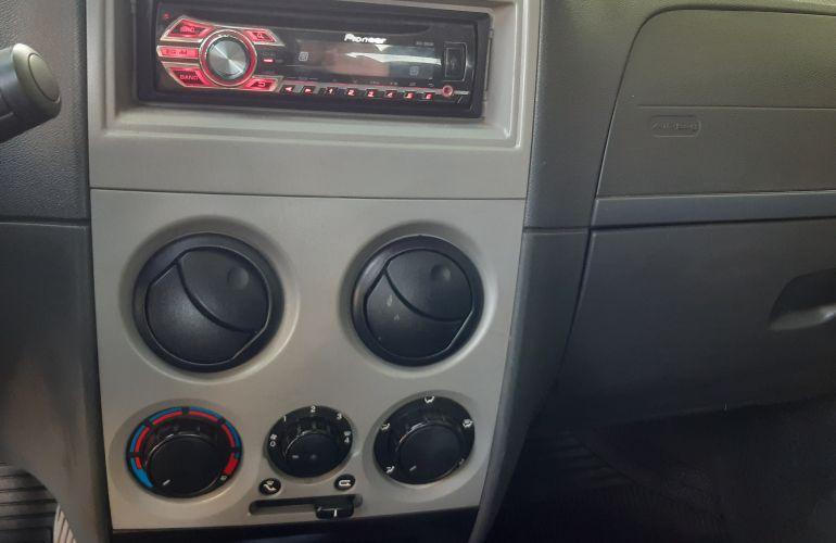 Fiat Palio Fire 1.0 8V (Flex) 4p - Foto #10
