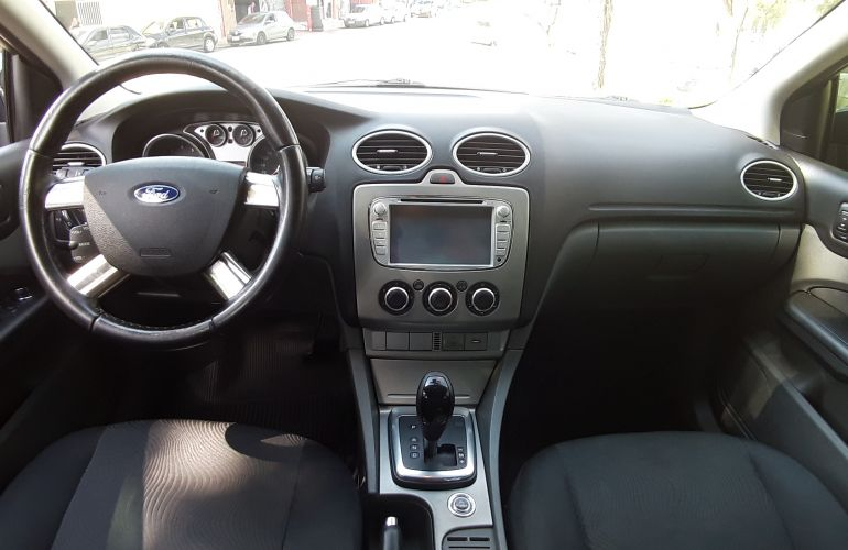 Ford Focus Sedan GLX 2.0 16V (Flex) (Aut) - Foto #1