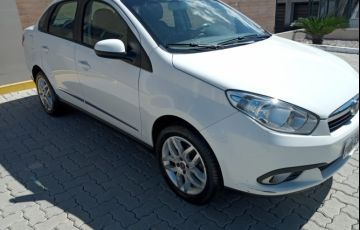 Fiat Grand Siena Essence 1.6 16V Dualogic (Flex) - Foto #4