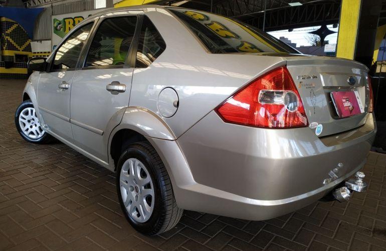 Ford Fiesta Sedan 1.6 (Flex) - Foto #4