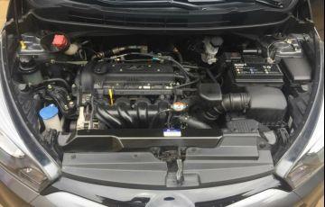 Hyundai HB20S 1.6 Comfort Style - Foto #2