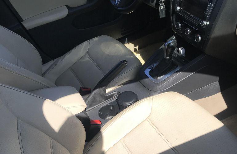 Volkswagen Jetta 2.0 Comfortline Tiptronic (Flex) - Foto #1
