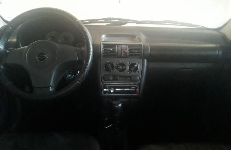 Chevrolet Corsa Sedan Classic Life 1.0 VHC - Foto #6