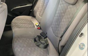 Hyundai HB20S Comfort Style 1.6 16V Flex - Foto #7