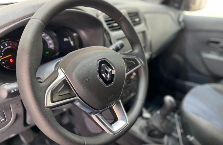 Renault Sandero 1.0 Life - Foto #6
