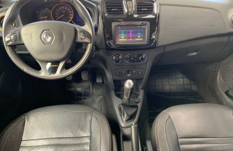 Renault Sandero Stepway 1.6 8V Hi-Flex - Foto #4