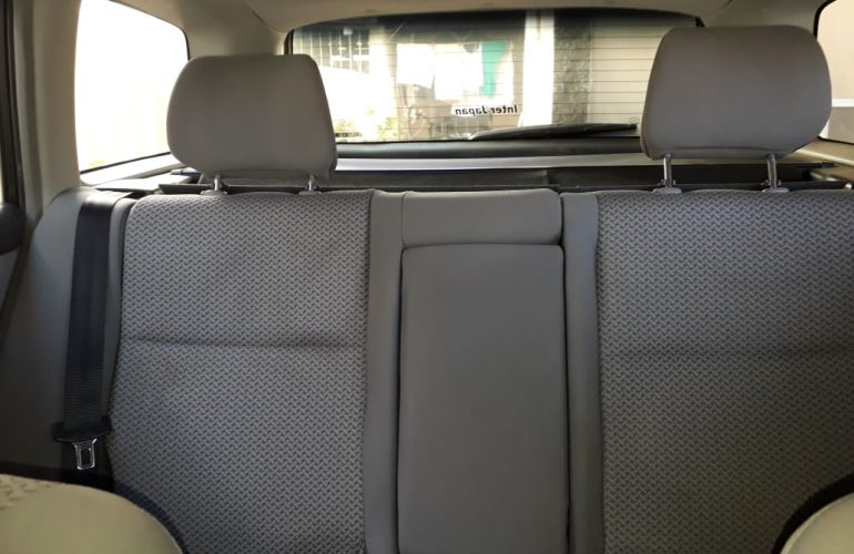 Toyota Corolla Fielder 1.8 16V - Foto #8