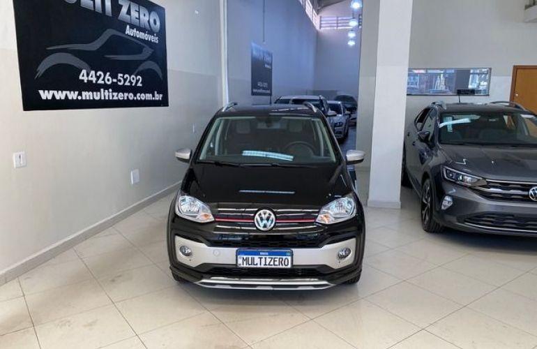 Volkswagen up! Cross Up 1.0 TSI 12V Flex - Foto #9