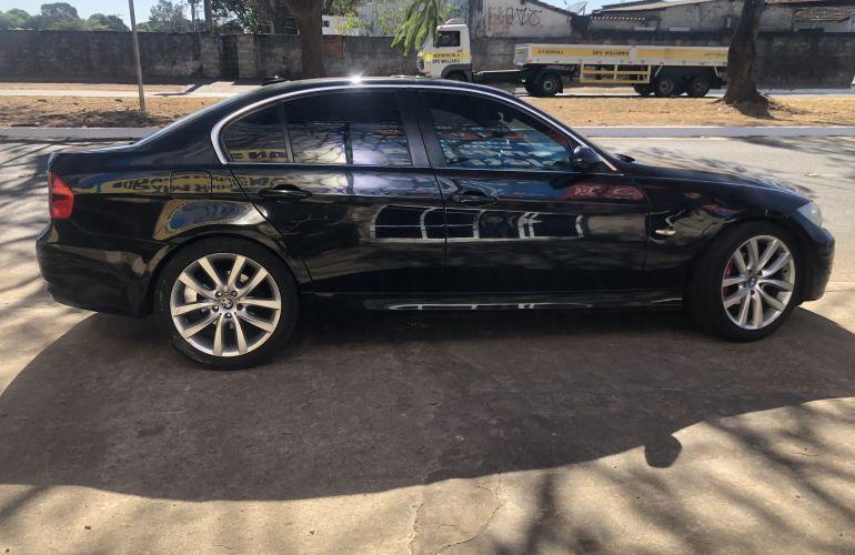 BMW 750i 4.8 32V - Foto #6