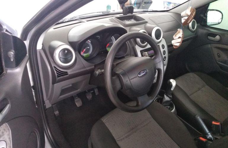 Ford Fiesta Sedan SE Plus 1.6 RoCam (Flex) - Foto #6