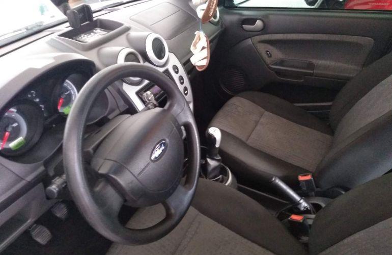 Ford Fiesta Sedan SE Plus 1.6 RoCam (Flex) - Foto #7