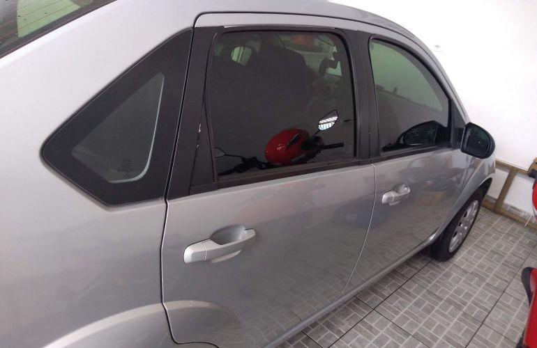 Ford Fiesta Sedan SE Plus 1.6 RoCam (Flex) - Foto #9
