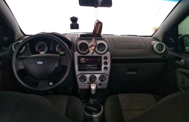 Ford Fiesta Sedan SE Plus 1.6 RoCam (Flex) - Foto #10