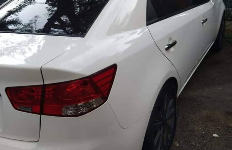 Kia Cerato EX 1.6 16V 6vel (aut) - Foto #2