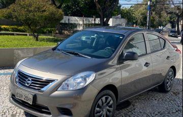 Nissan Versa 1.6 16V S