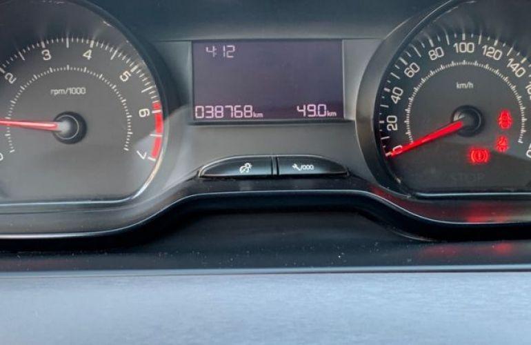 Peugeot 208 Active 1.2 12V (Flex) - Foto #8