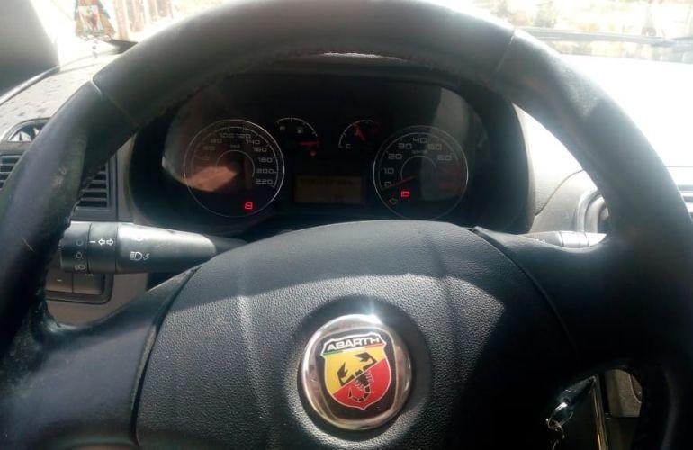 Fiat Punto Essence 1.8 16V (Flex) - Foto #5