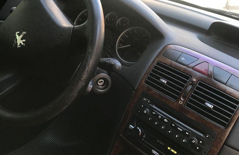 Peugeot 307 Hatch. Presence 1.6 16V - Foto #4