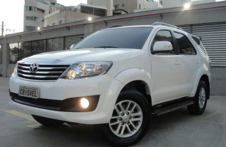 Toyota Hilux SW4 2.7 4x2 SR - Foto #1