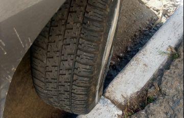 Ford Escort Hatch GLX 1.8 MPi 16V 4p - Foto #9