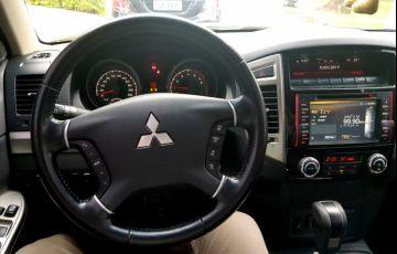 Mitsubishi Pajero Full 3.2 DI-D 5D HPE 4WD