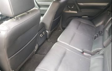 Mitsubishi Pajero Full 3.2 DI-D 5D HPE 4WD - Foto #5