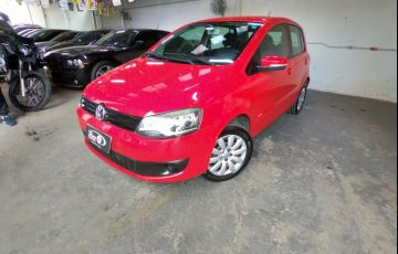 Volkswagen Fox 1.6 VHT Highline (Flex)