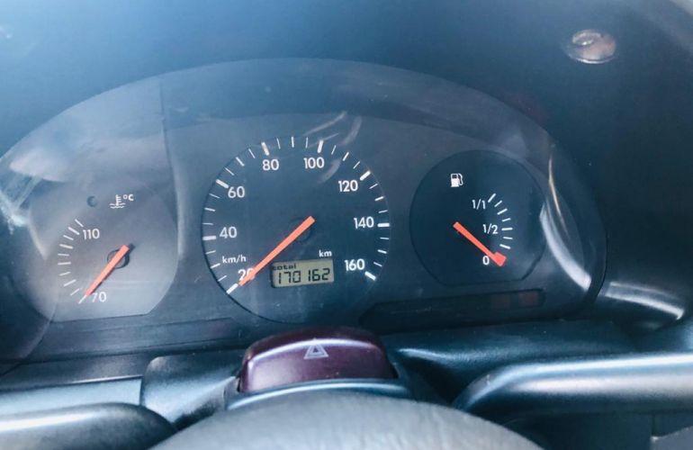 Volkswagen Gol 1.6 2p - Foto #6