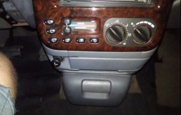 Chrysler Caravan LE 4x2 3.3 V6 12V - Foto #2
