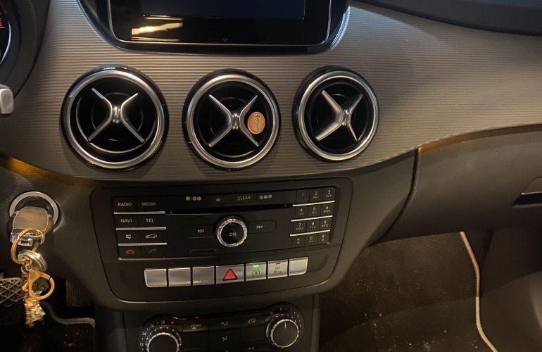 Mercedes-Benz Classe B 200 1.6 Turbo Sport - Foto #10