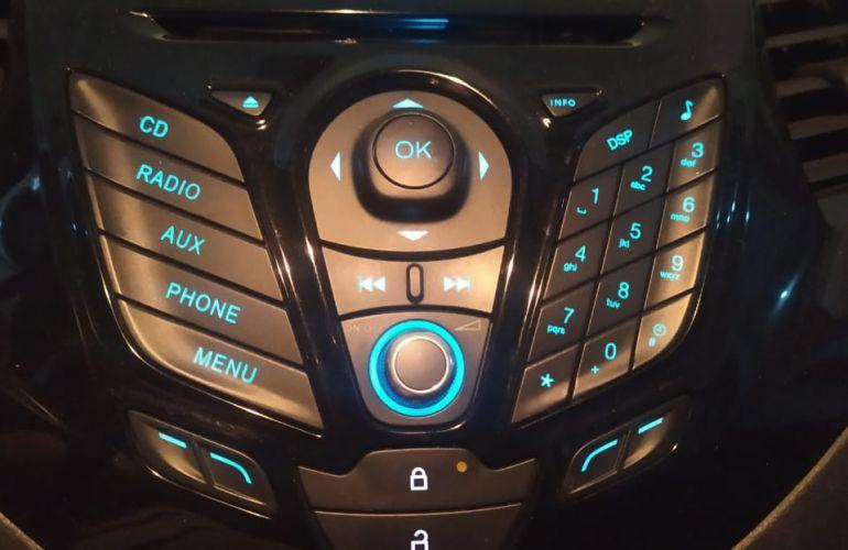 Ford Ka Sedan SE 1.5 16v (Flex) - Foto #3