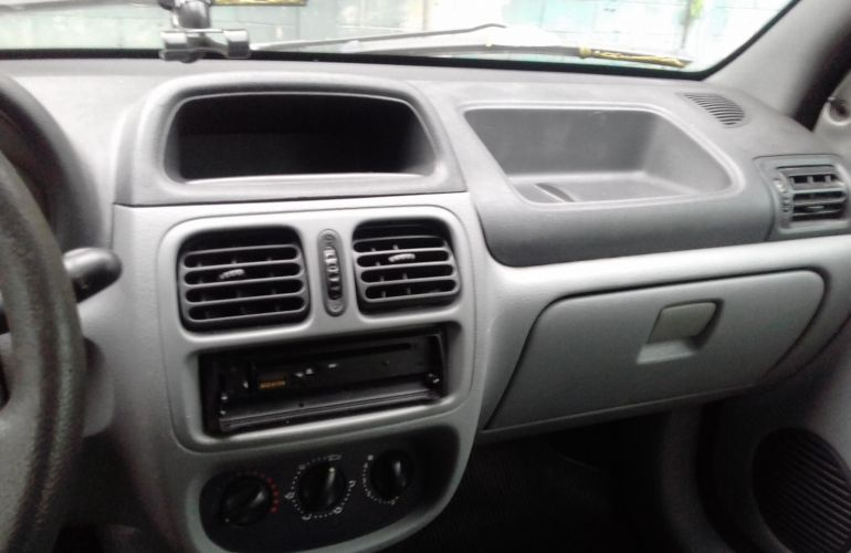 Renault Clio Hatch. Authentique 1.0 16V (flex) - Foto #5