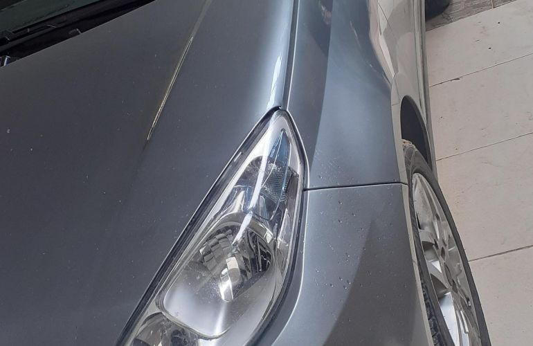 Fiat Grand Siena Essence 1.6 16V Dualogic (Flex) - Foto #9