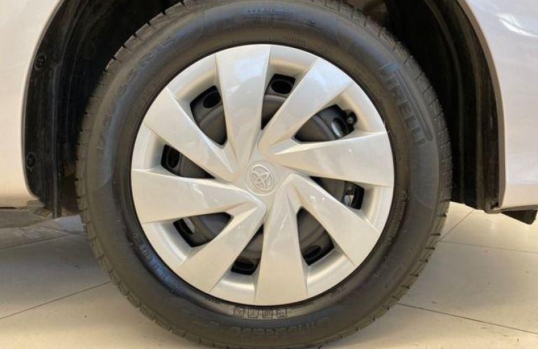 Toyota Etios XS-AT 1.5 16V Flex - Foto #8