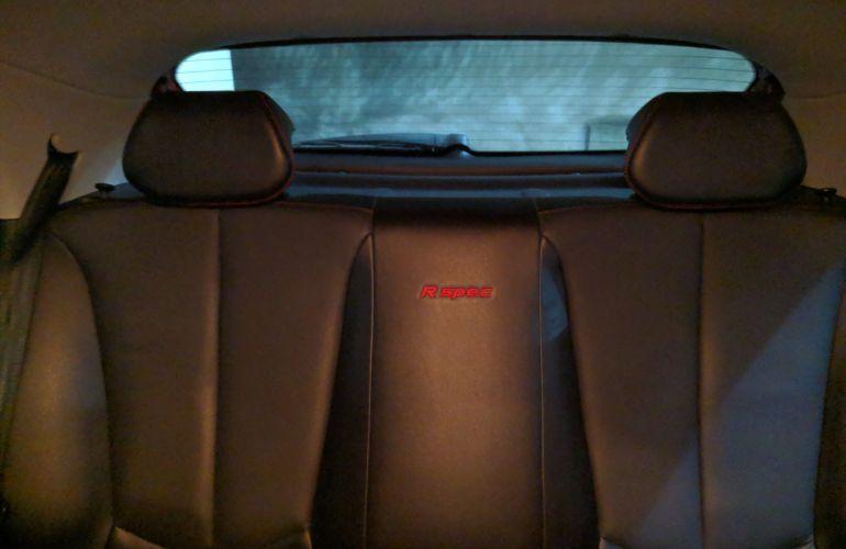 Hyundai HB20 1.6 R Spec - Foto #8