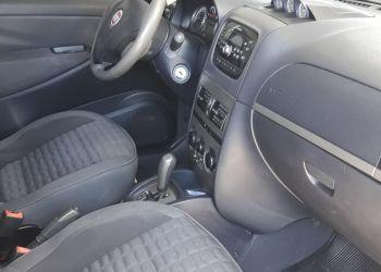 Fiat Idea Adventure 1.8 16V Dualogic (Flex) - Foto #9