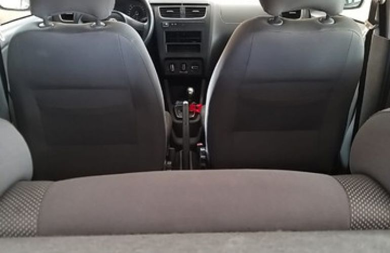 Volkswagen Fox 1.6 8V I-Motion (Flex) - Foto #8