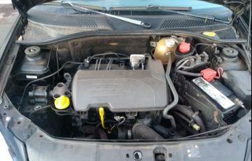 Renault Clio Hatch. Campus 1.0 16V (flex) 2p - Foto #6
