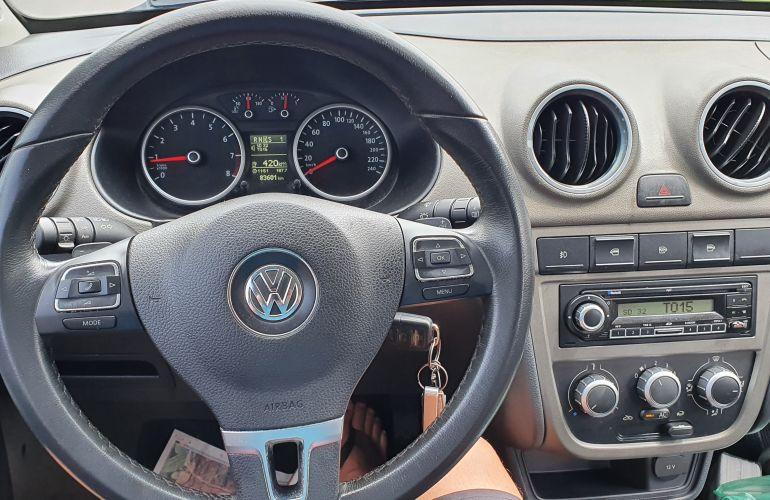 Volkswagen Voyage Comfortline I-Motion 1.6 (Flex) - Foto #9