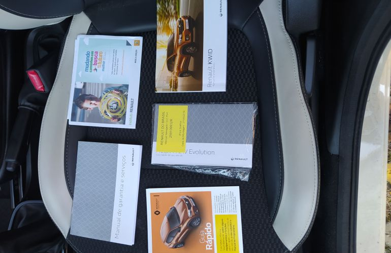 Renault Kwid 1.0 Intense - Foto #6