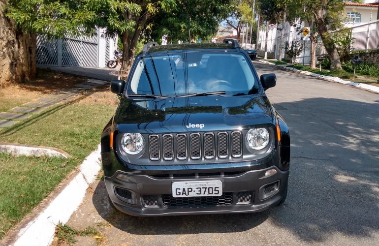 Jeep Renegade 1.8 (Aut) (Flex) - Foto #8