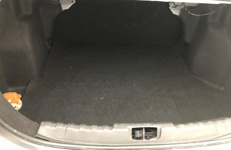 Ford Ka Sedan SE 1.5 16v (Flex) - Foto #2